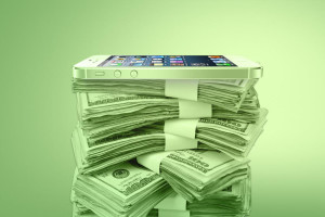 iphone-money-pile-1160x774